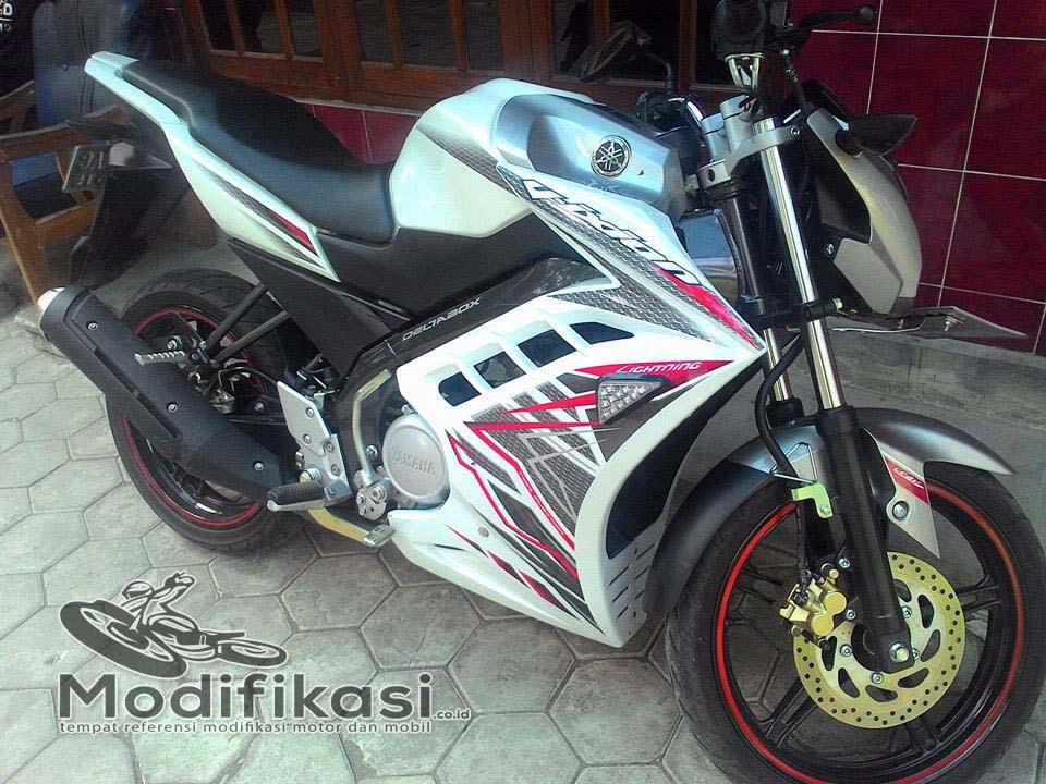 New-Yamaha-Vixion-Lightning2