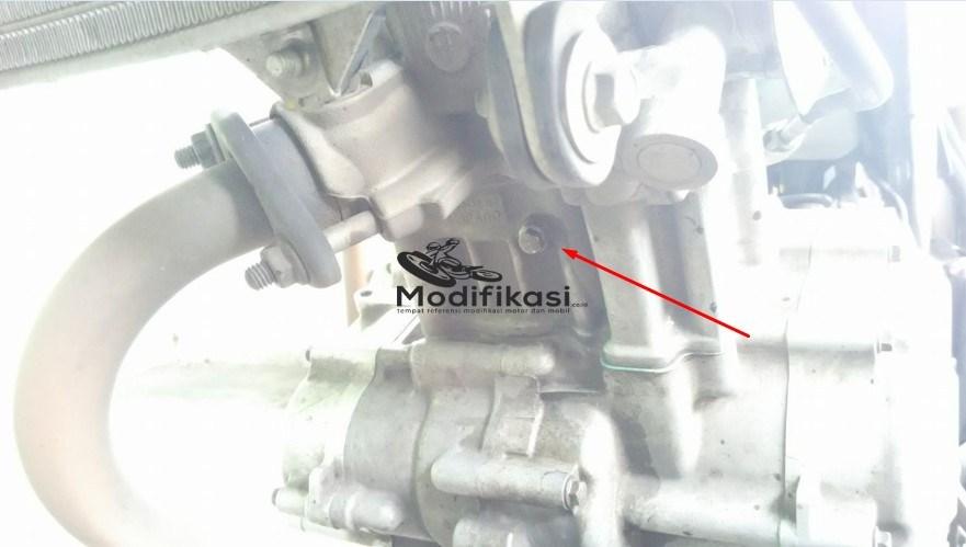 Cara-Mengganti-Air-Coolant-Yamaha-New-Vixion